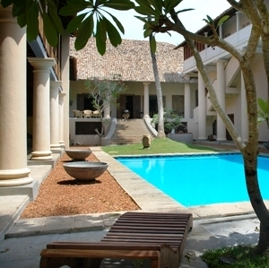 Hotelintro Swimming Palace